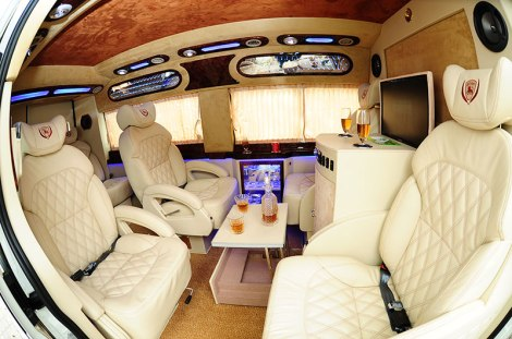Saigon to Nhatrang by luxury car
