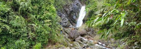 A Nô Waterfall