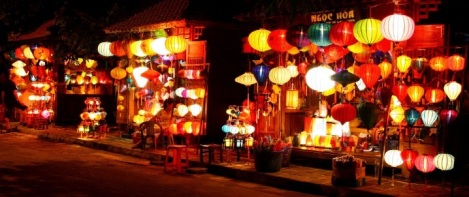 Lanterns light on in Hoi An