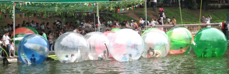 Water Bubble Game at Thu Le Zoo